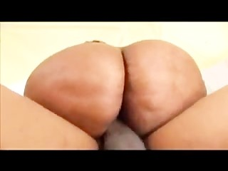 Big Booty Gorgeouz vs Shorty mac