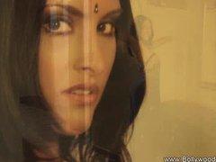 Brunette Bolly Dancer From Desi