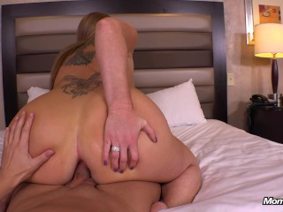 Big booty ginger fucks anal