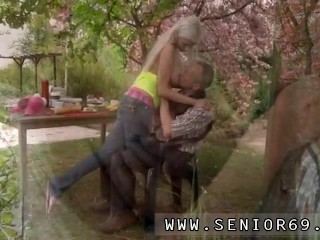 Ava taylor old and old granny solo Paul is lovin' his breakfast in the