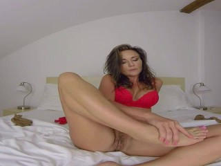 Niki Sweet Foot Fetish (powered by SexLikeReal)