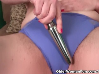 Church lady Andrea dildos her hairy cunt before service