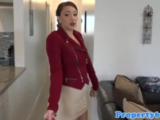 Brunette MILF no panty upskirt pussy flashing under a tight too short skirt