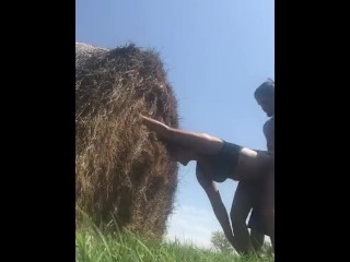 Girl Gets Fucked Raw In A Corn Field