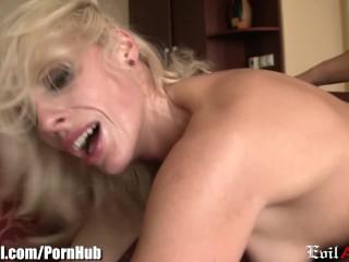 EvilAngel Skinny Babe Takes it in Both Holes