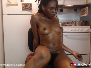 TRAILER: Orgasm 3x and Squirt - Live Webcam (April 2, 2019)