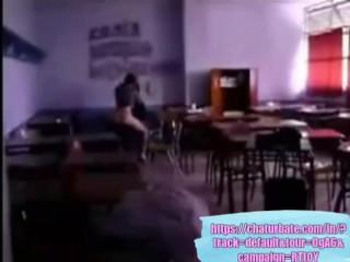 Teacher caught fucking a student (Real)