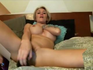 Posh Texas blonde babe Austyn with big tits masturbates