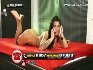 Nackt sindy schmidt German Webcam