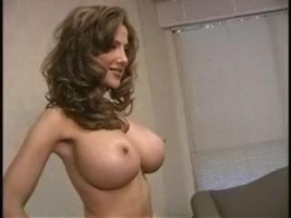 Rebecca Ramos  nackt